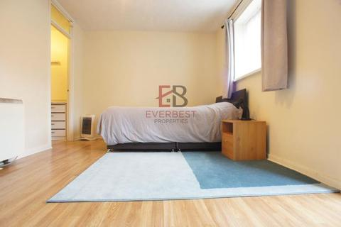 Studio to rent - Blackfrairs Court, City Centre, Newcastle Upon Tyne