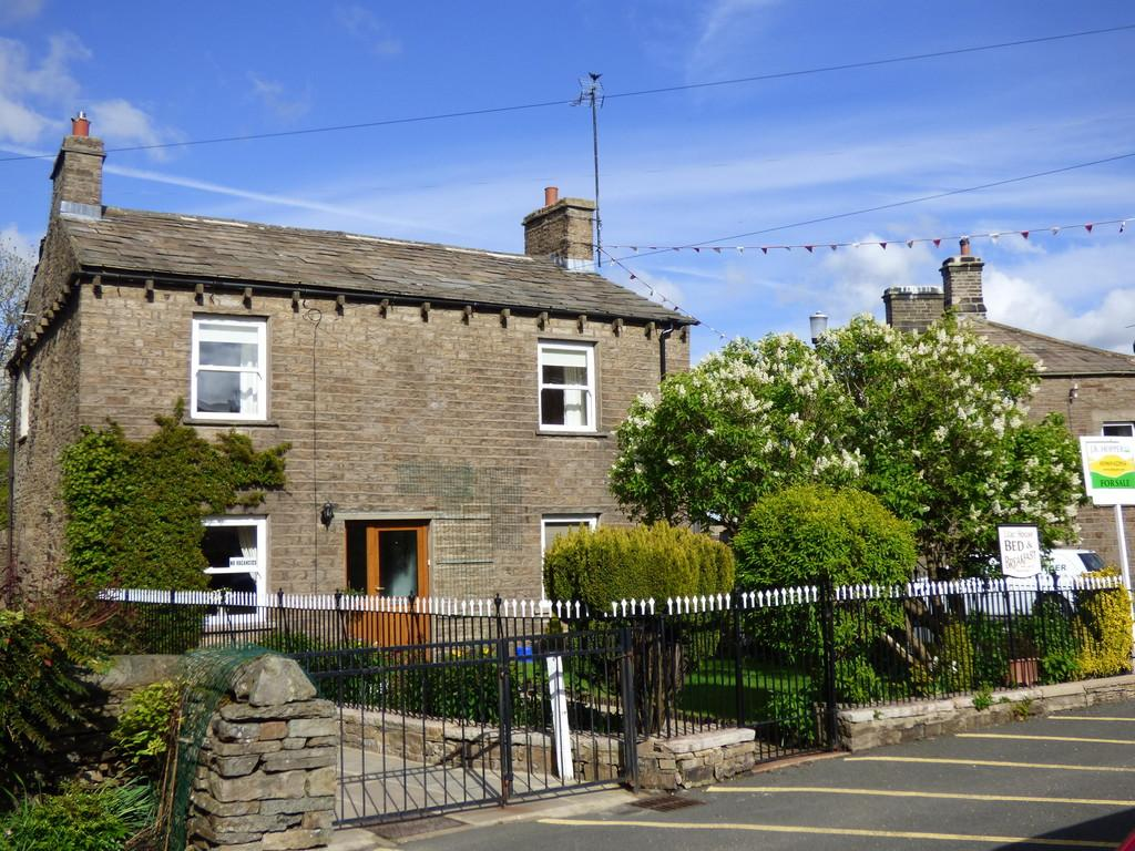 3 Bedrooms Detached House for sale in Lilac House, The Holme, Hawes