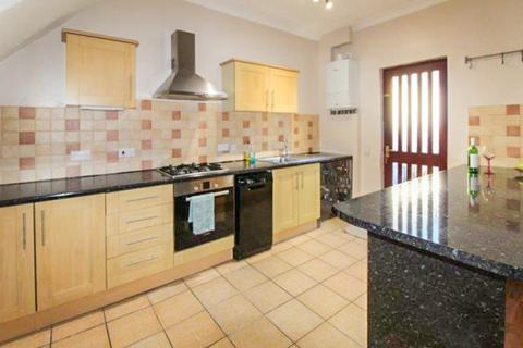 3 bedroom end of terrace house to rent - Barnard Street, Blyth