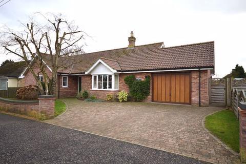 4 bedroom detached bungalow for sale - Charles Avenue Watton
