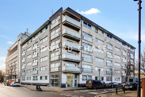 2 bedroom flat to rent - Theatre Building, Paton Close, London, E3