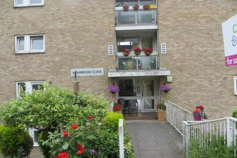 2 bedroom private hall to rent - Highbrook Close, Brighton