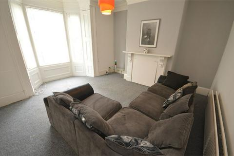 5 bedroom terraced house to rent - Peel Street Student House, Close to City Centre, Sunderland
