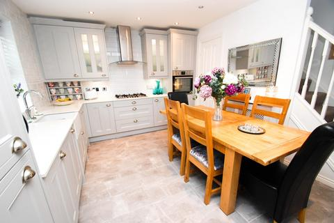 3 bedroom townhouse for sale - Brass Thill Way, South Shields