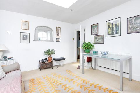 1 bedroom flat for sale - Oberstein Road, Battersea