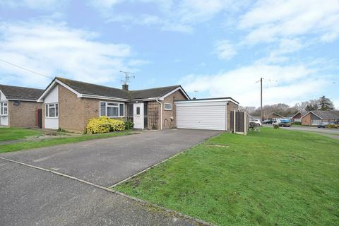 3 bedroom detached bungalow for sale - Summerdale, Althorne, Chelmsford, Essex, CM3