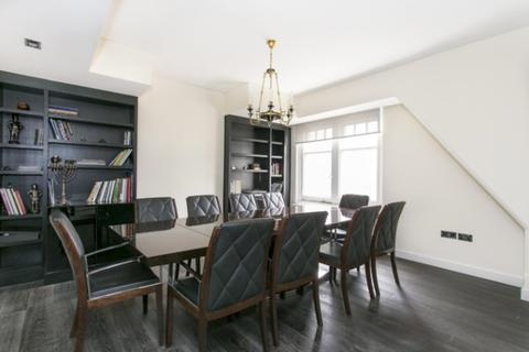 3 bedroom apartment to rent - Duke Street, Mayfair, W1K