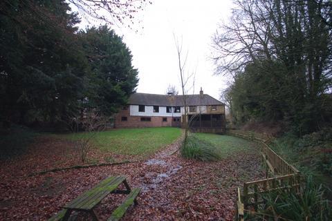 5 bedroom detached house to rent - Eyhorne Street,  Hollingbourne, ME17