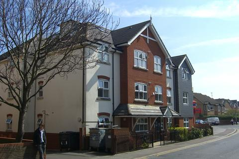 2 bedroom flat to rent - Seabourne Road, Southbourne