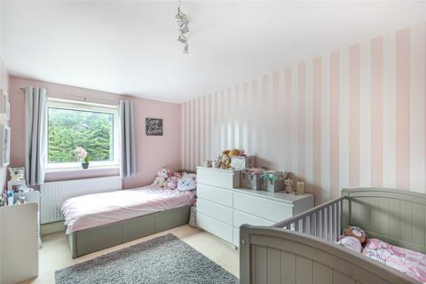 2 bedroom apartment for sale - Tedder Close, Uxbridge, Middlesex, UB10