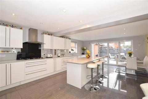 3 bedroom detached house for sale - Joy Wood, Boughton Monchelsea, Maidstone, Kent