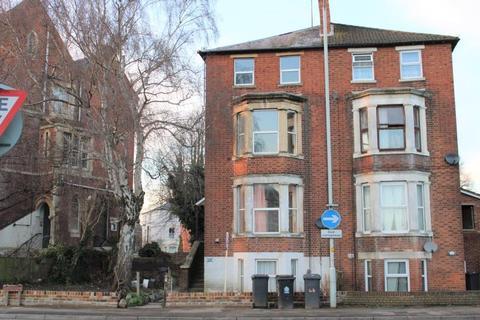 1 bedroom flat to rent - Trier Way, Top Floor Flat, Gloucester