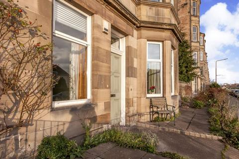 3 bedroom ground floor flat for sale - 25 Bellevue Road, Edinburgh, EH7 4DL