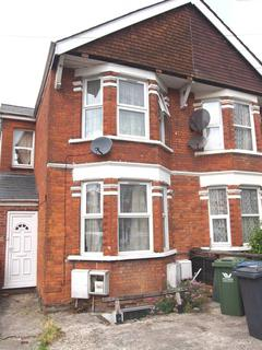 4 bedroom semi-detached house to rent - Roberts Road, High Wycombe