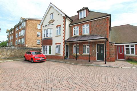 3 bedroom flat to rent - Shelley Road, Worthing, BN11