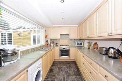 3 bedroom semi-detached house for sale - Windermere Avenue, Ramsgate, Kent