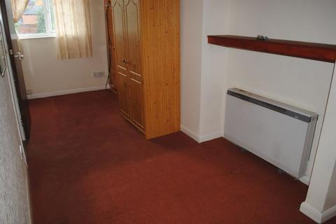 Studio to rent - Stoneygate Road, Leicester, LE2