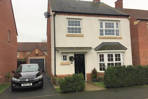 3 bedroom detached house for sale - Longbridge Drive, Easingwold, York, YO61 3FH