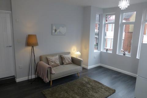 1 bedroom flat to rent - Ashburnham Road