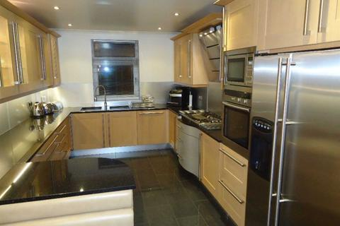3 bedroom apartment to rent - Park Avenue, Mossley Hill