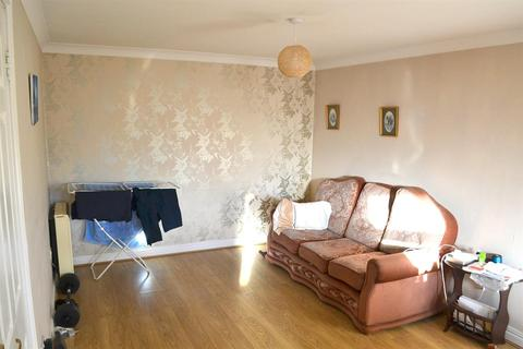 2 bedroom apartment for sale - Forge Road, Rugeley