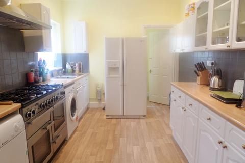 4 bedroom house to rent - Charsley Road, Catford, SE6