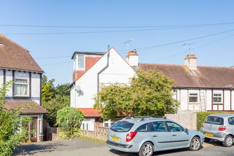 5 bedroom semi-detached house to rent - Bevendean Crescent, Brighton