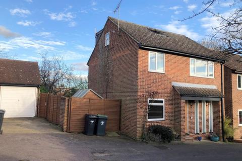 4 bedroom detached house for sale - De Bohun Court, Saffron Walden