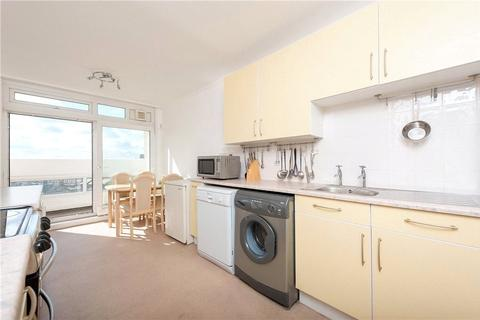 2 bedroom apartment to rent - Grantham Road, London, SW9