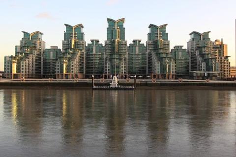 1 bedroom apartment to rent - St. George Wharf, London, SW8