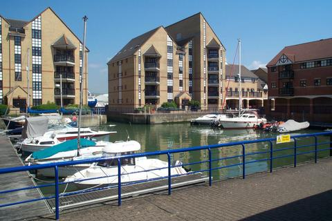 2 bedroom apartment to rent - Emerald Quay, Shoreham by Sea