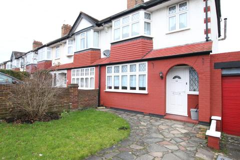 3 bedroom semi-detached house to rent - Dunkery Road, London