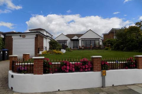 3 bedroom detached bungalow to rent - Chase Ridings, Enfield, EN2