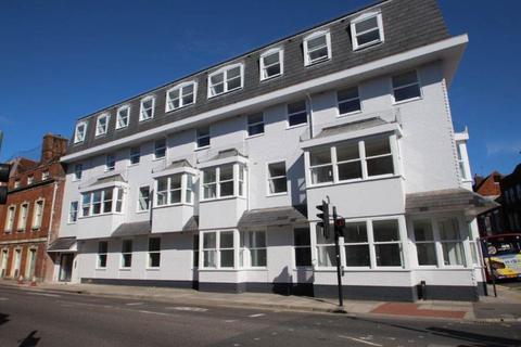 1 bedroom flat - Chequers House, Salisbury
