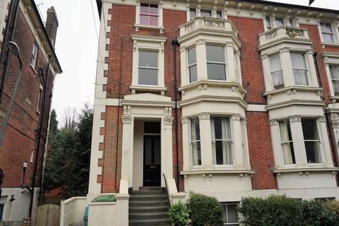 2 bedroom flat to rent - Montacute Gardens, Tunbridge Wells, Kent