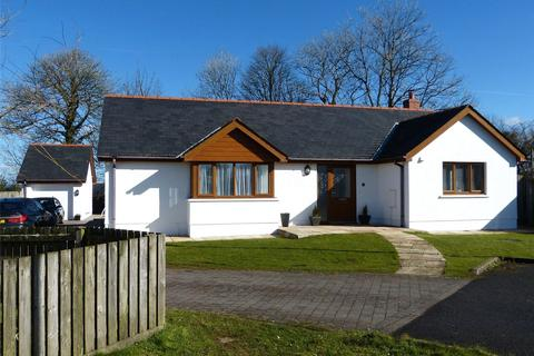 3 bedroom bungalow for sale - Windsor Gardens, Cold Blow, Narberth, Pembrokeshire, SA67
