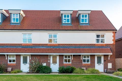 3 bedroom terraced house for sale - Lulworth Place, Stockton Heath