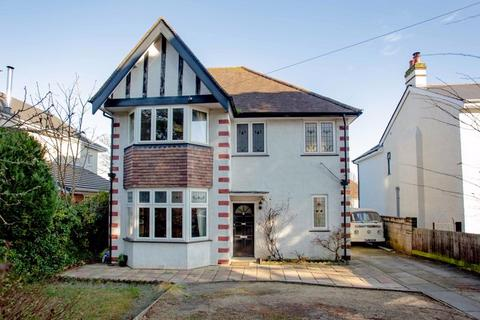 4 bedroom detached house for sale - Harewood Avenue, Bournemouth