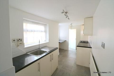 3 bedroom terraced house to rent - Clyde Street, Sheerness