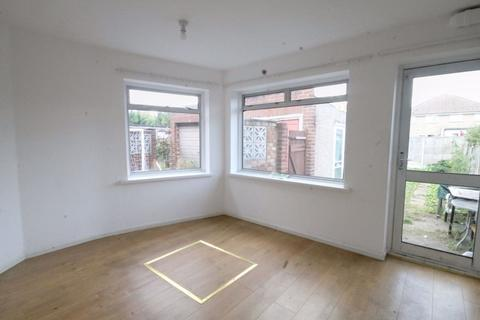 3 bedroom house to rent - Vernon Avenue, Enfield