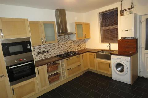 3 bedroom terraced house to rent - 59 Duncan Road Crookes Sheffield