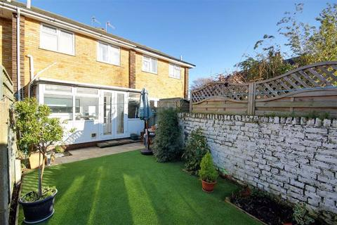 2 bedroom terraced house for sale - Centrecourt Road, Broadwater, Worthing, West Sussex, BN14