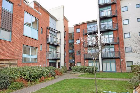 2 bedroom apartment for sale - Pocklington Drive, Baguley, Manchester