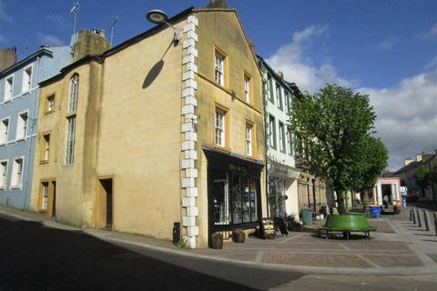 2 bedroom townhouse for sale - Market Place, Cockermouth