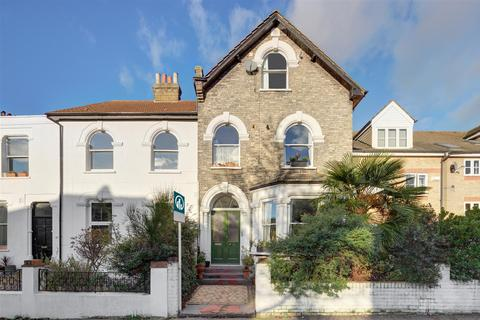 1 bedroom flat for sale - Mount Pleasant Road, London