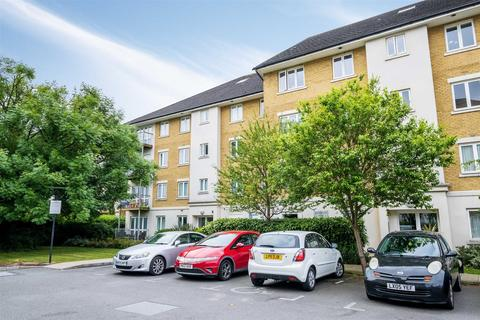 3 bedroom apartment for sale - Marlborough House, Park Lodge Avenue, West Drayton