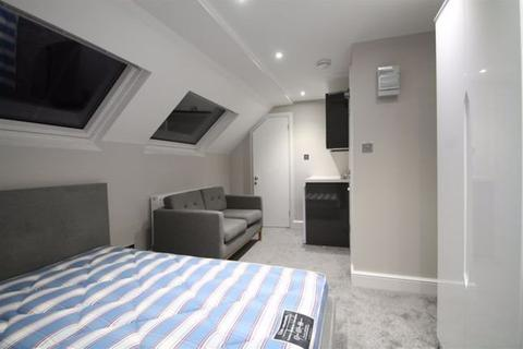 House share to rent - Salisbury Road, West Sussex