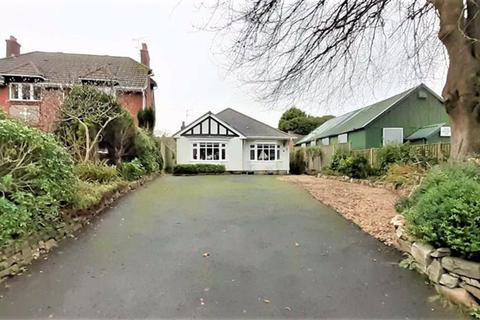 3 bedroom detached bungalow for sale - Caswell Road, Swansea, Swansea