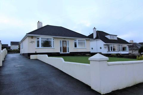 2 bedroom bungalow for sale - Tavistock Road, Callington