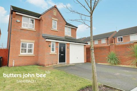 4 bedroom detached house for sale - Heron Way